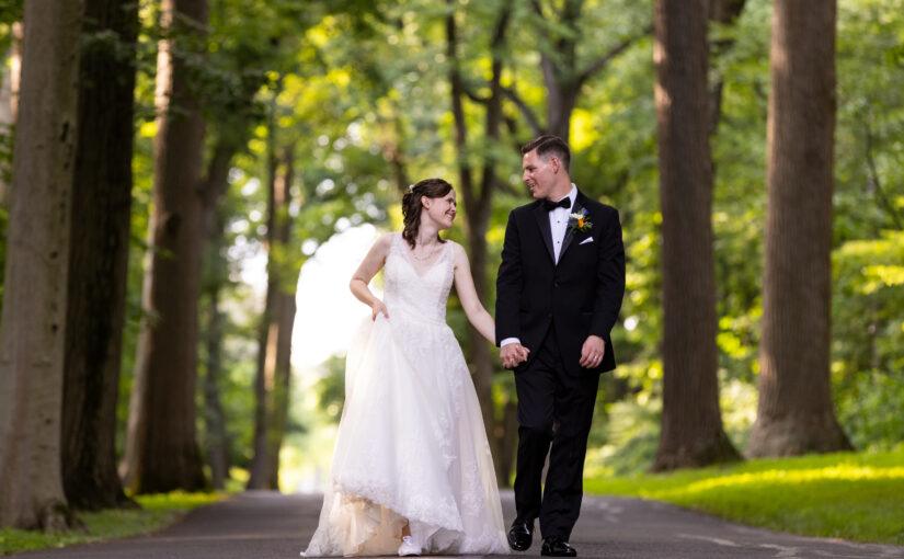 Julie & Stephen's Wedding ~ Belle Voir Manor